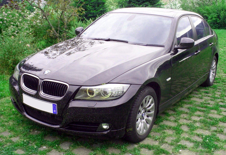 BMW e 90 sedan
