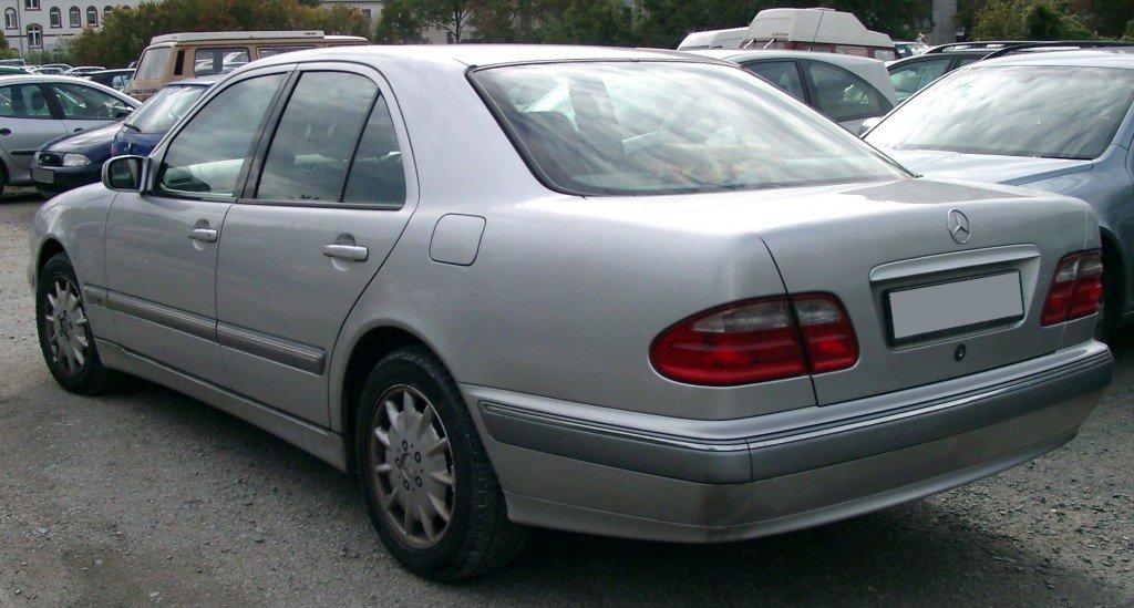Mercedes_W210_rear_jpg