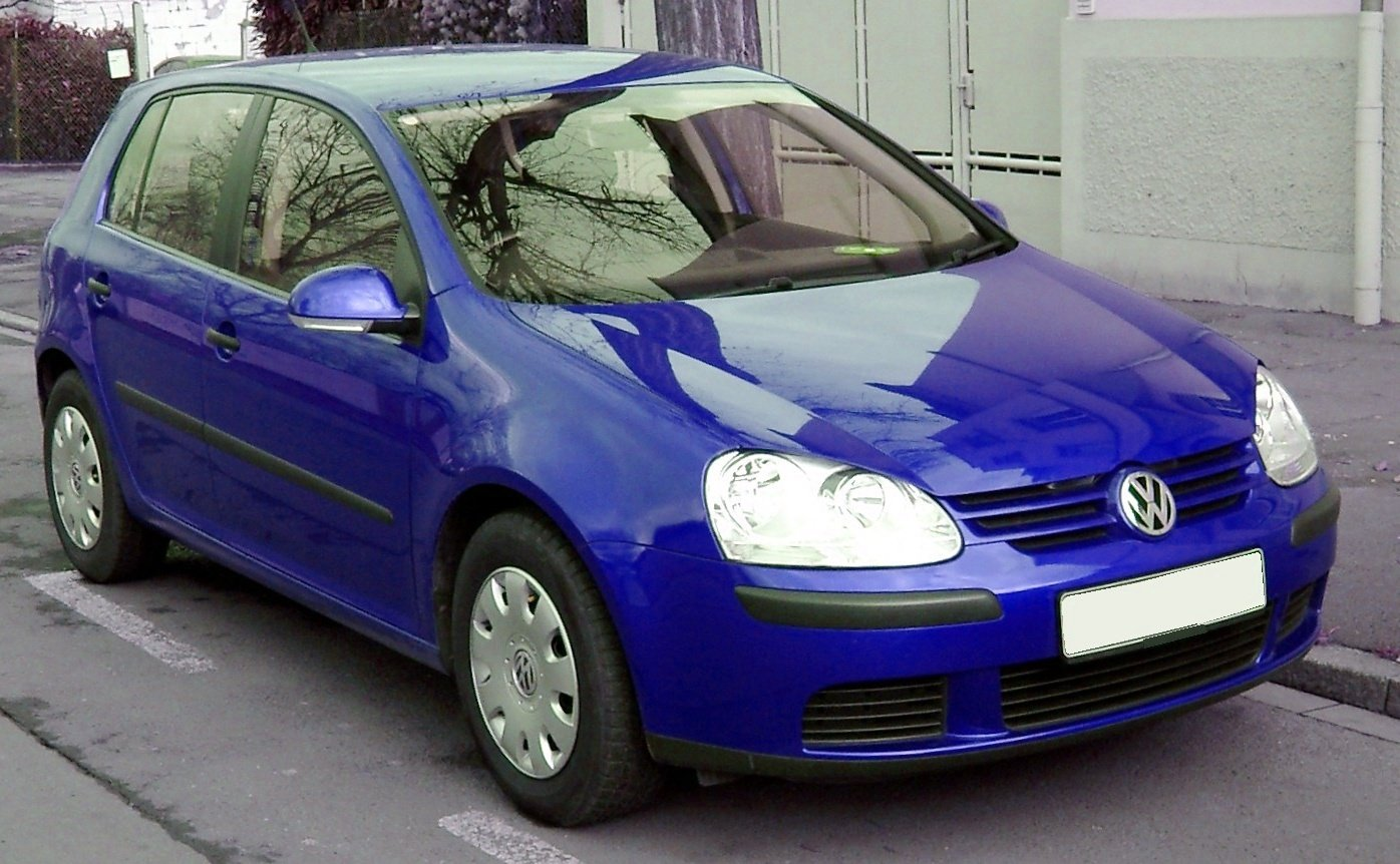 VW Golf 5 front