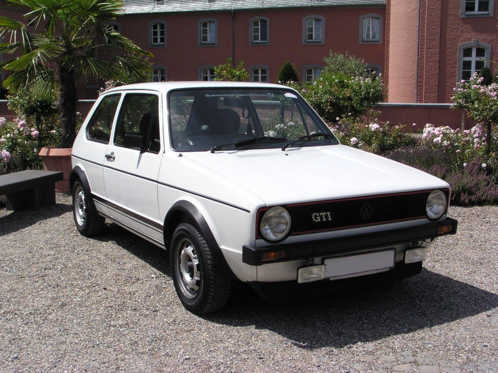 VW_Golf_1_GTi_2