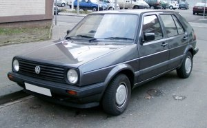 VW_Golf_II_front