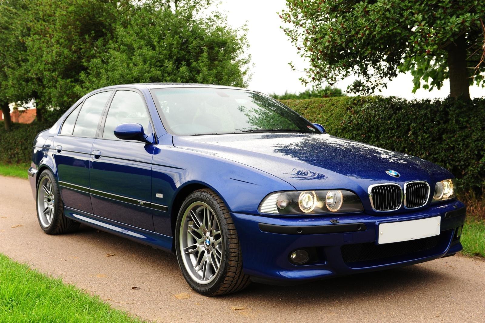 BMW_M5_E39 sedan