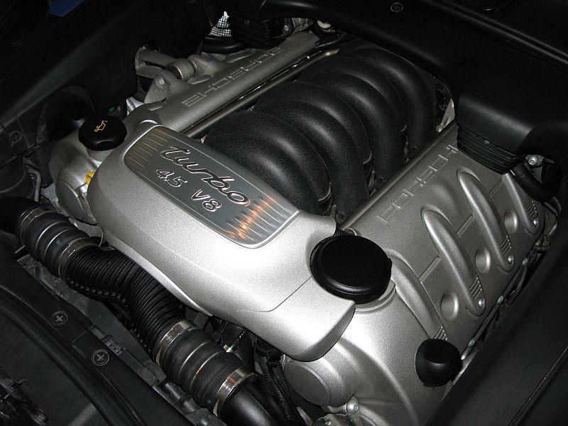 motor_porsche_cayenne_turbo_1
