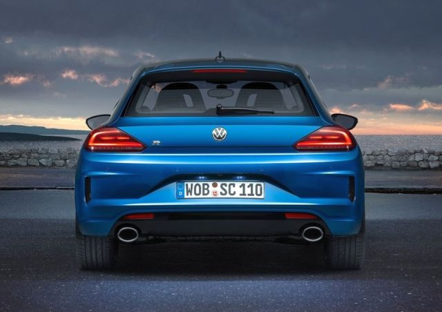2015_VW_SCIROCCO_R_rear_pic-2