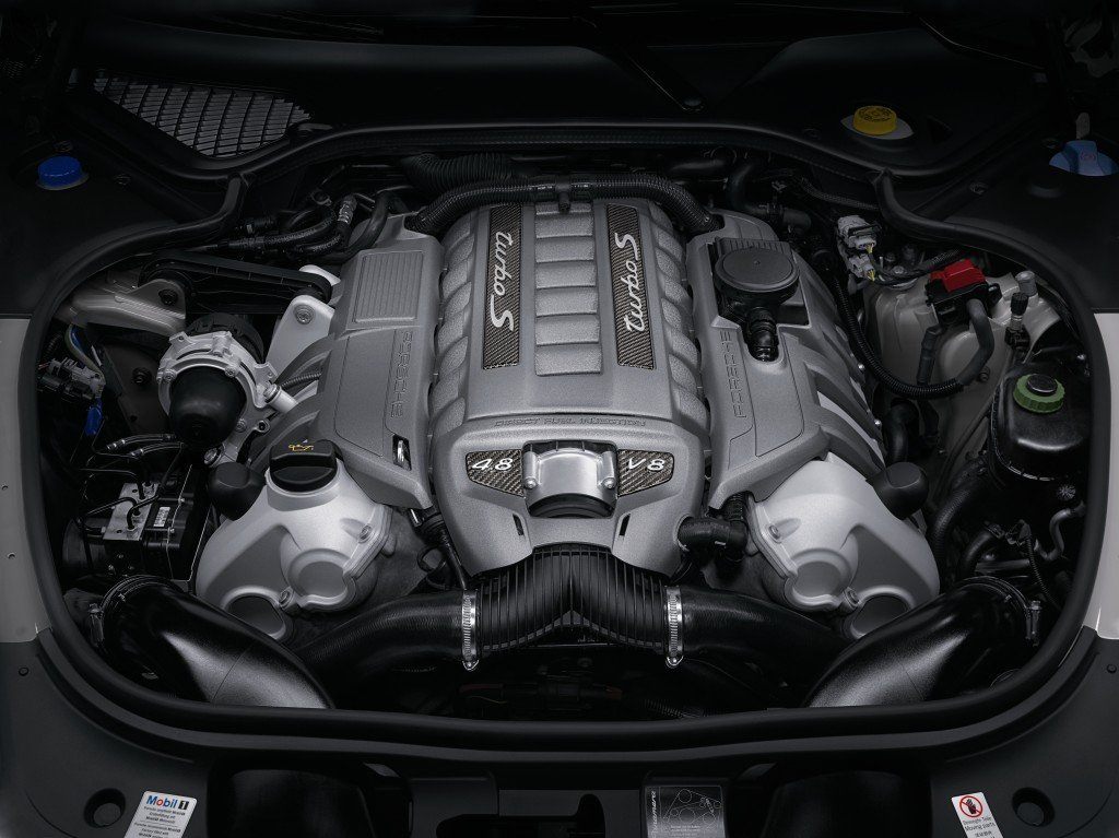 Panamera Turbo S engine
