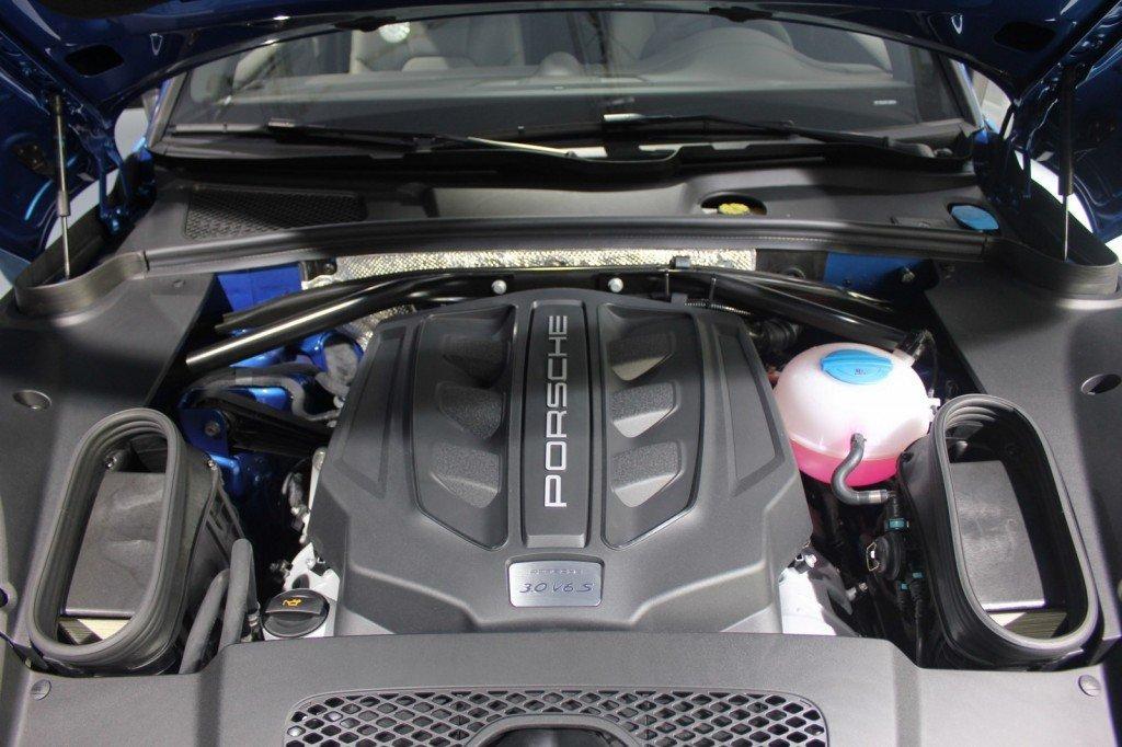 Porsche-Macan-engine-