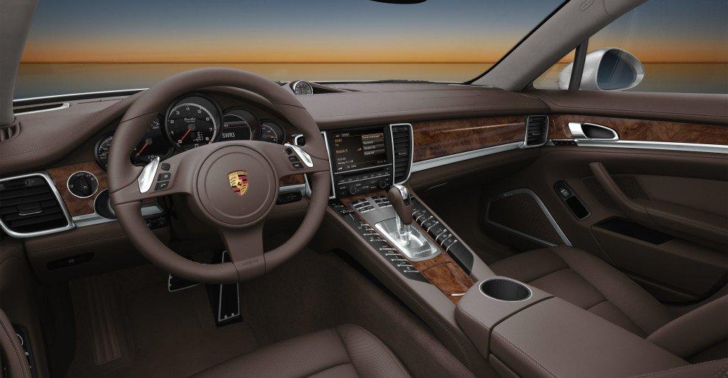 Porsche-Panamera_Turbo13