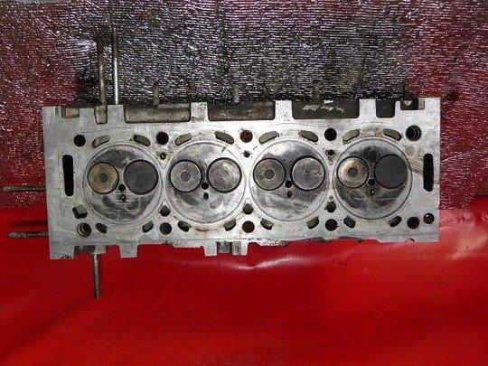 8 клапанный двигатель, 16 клапанный двигатель