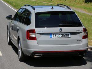 Skoda Oktavia RS,двигатели,цена