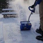 Что выбрать: электролопату или электрический снегоуборщик?
